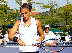 Sara Errani at the 2010 US Open 09 (cropped).jpg