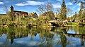 Scey-en-Varais, l'église et le pont sur la Loue.jpg