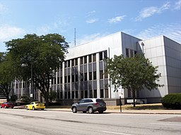 Scott County, Iowa Courthouse 2012.JPG