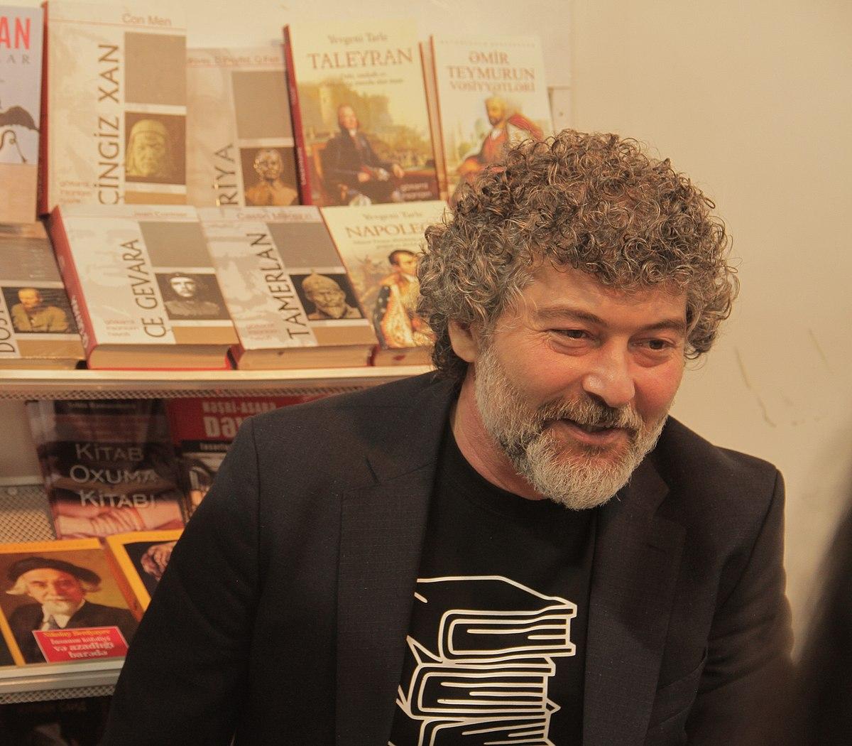 Şahbaz Xuduoğlu — Vikipediya