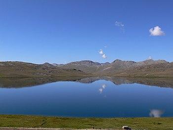 English: Calmness of lake
