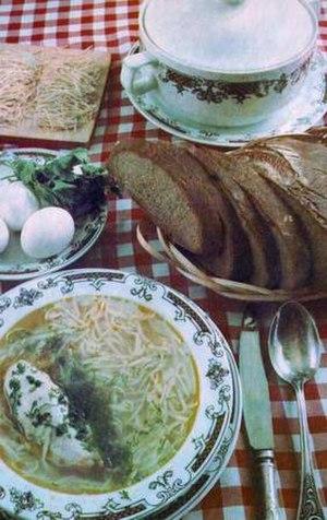 Tatar cuisine - Şulpa with noodles