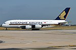 Singapore Airlines, 9V-SKL, Airbus A380-841 (29447154917) (2).jpg