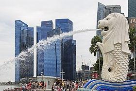 Singapore Merlion-at-Marina-Bay-01.jpg