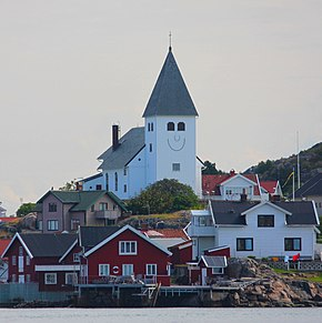 Skärhamn Smiling Church.JPG