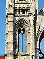 Soissons (02), abbaye Saint-Jean-des-Vignes, abbatiale, clocher sud, 1er étage, vue depuis l'est.jpg