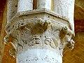Soissons (02), abbaye Saint-Jean-des-Vignes, réfectoire, chapiteau du 2e pilier libre (du sud au nord).jpg