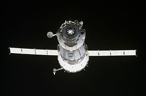 Soyuz TMA-4 - Soyuz TMA-4 spacecraft approaches the ISS.