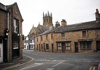 Padiham - St Leonard's Church, from Guy Street