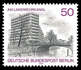 Shell-Haus - 1978 Deutsche Bundespost Berlin postal stamp