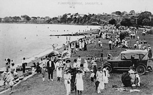 Sandgate, Queensland - Holidaymakers at Sandgate, ca. 1920 to 1930