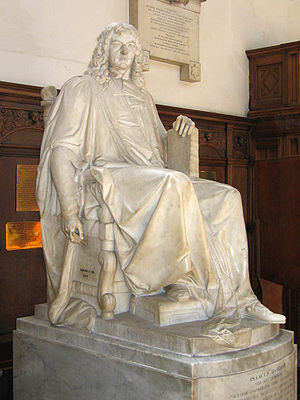 Trinity College Chapel, Cambridge - Statue of Isaac Barrow