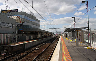 Broadmeadows railway station, Melbourne - Northbound view from Platform 2 in October 2009