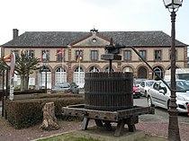 Tôtes - Mairie.JPG