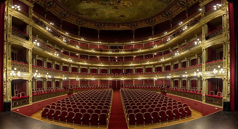 File:Teatro Romea Interior.jpg
