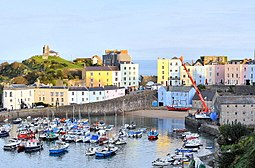 Tenby Harbour - geograph.org.uk - 1546498.jpg