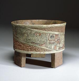 William Spratling - Image: Teotihuacán Tripod Vase Walters 482769 Profile