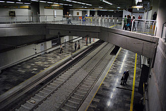 Metro Mixcoac - The platforms for Line 12 just after opening in 2012.