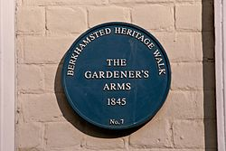Photo of The Gardener's Arms, Berkhamsted blue plaque