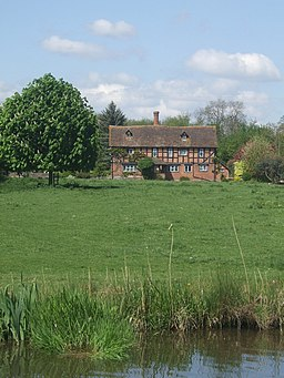 The Old Manor from the Worcester and Birmingham Canal - geograph.org.uk - 1856042