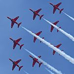The Red Arrows 31 (14541238799).jpg