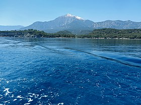 The mountains and the sea - panoramio.jpg