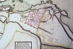 Essaouira - Map of Essaouira by Théodore Cornut. When he left in 1767, areas in pink were already built (streets are still recognizable); areas in yellow (harbour front and medina) were only projected.