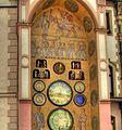 Townhall clock in Olomouc - panoramio.jpg