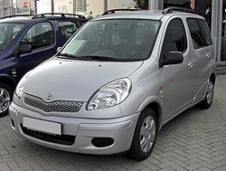 Toyota Yaris Verso Facelift 20090621 front.JPG