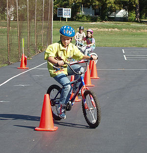 Bicycle rodeo - Image: Trailnet SR2S 09