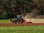 Traktor-Fendt 501 C -mit-Egge-5022829.jpg