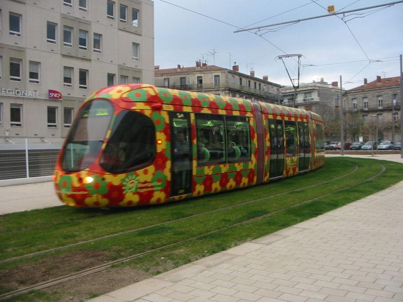 Fichier:Tramway-Montpellier-T2.jpg