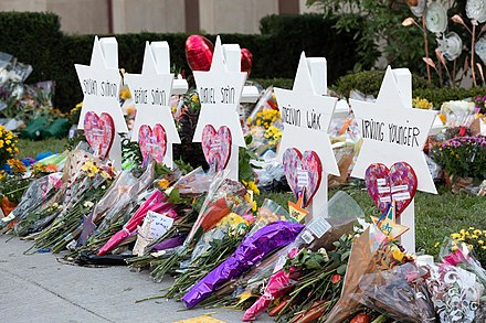 Memorials for victims outside the synagogue Tree of Life Synagogue Memorials 10-30-2018 01.jpg