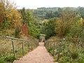 Treppe und Aussicht am Ostende der Halde in Barsinghausen.JPG