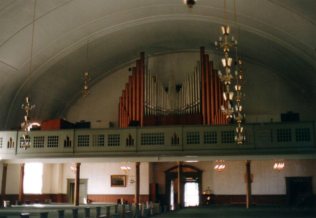 File:Tune Church in Sarpsborg.jpg - Wikimedia Commons