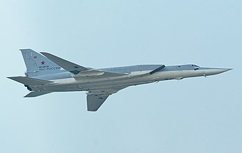 Tupolev Tu-22M3 Backfire-C RF-94139 49 red (8636209530).jpg