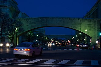 Independence Avenue (Washington, D.C.) - Standing on 15th Street NW, looking east at night along Independence Avenue SW
