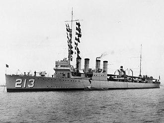 USS Barker (DD-213) - Image: USS Barker (DD 213) at anchor 1928