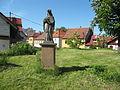 Uhlířské Janovice, socha Jana Nepomuckého.jpg