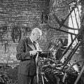 Uitvinder die een opbouwbare fiets bouwde, Bestanddeelnr 900-6544.jpg