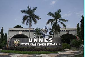 Bahasa Indonesia: Universitas Negeri Semarang ...