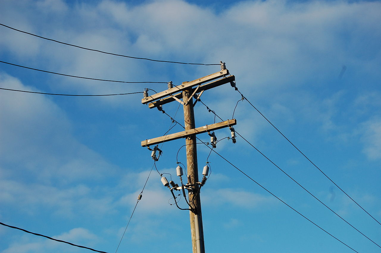 Types Of Electrical Poles : File utility pole in michigan g wikimedia commons