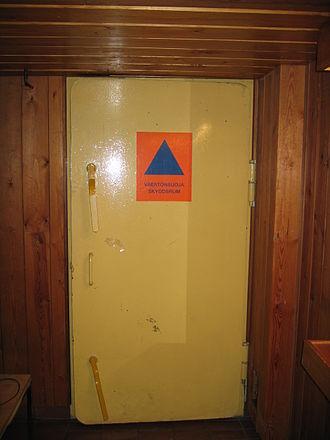 Blast shelter - Door of a light civil defence shelter in Finland