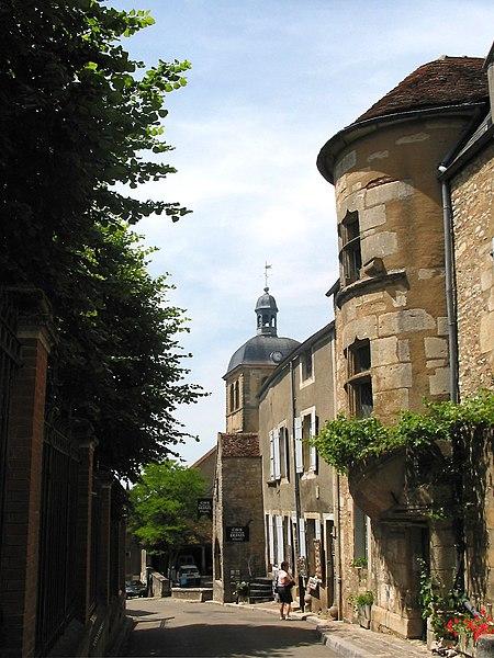 Vézelay (Yonne - France), rue Saint-Pierre - Maison médievale (XVe siècle).