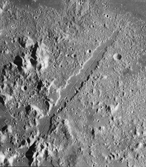 Vallis Alpes - Lunar Orbiter 4 image of Vallis Alpes