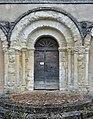 Vendoire 24 Église portail 2014.jpg