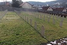 Vesoul Tombes musulmanes du cimetière militaire de Navenne 5.jpg