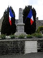 Vieuvy (53) Monument aux morts.JPG