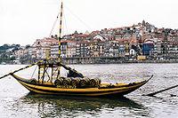 View over Rio Douro at Porto.jpg