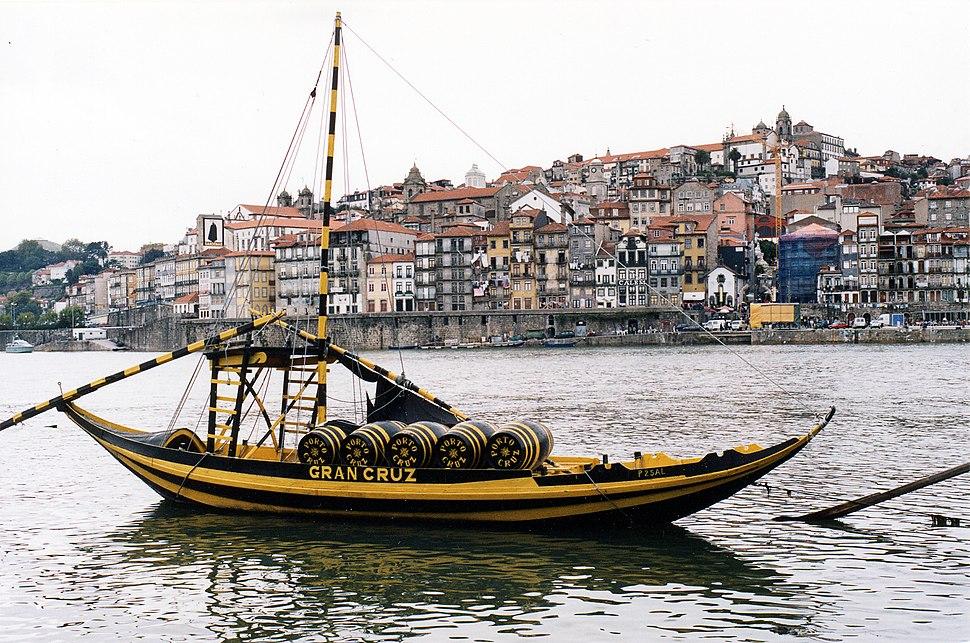 View over Rio Douro at Porto
